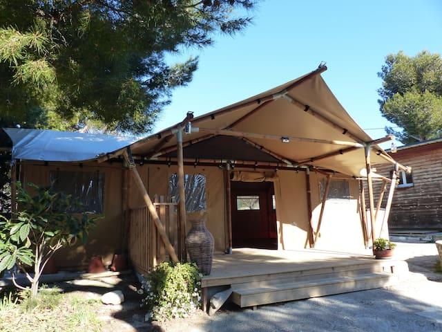 La Couronne : Eco-Lodge au cœur de la Côte-Bleue