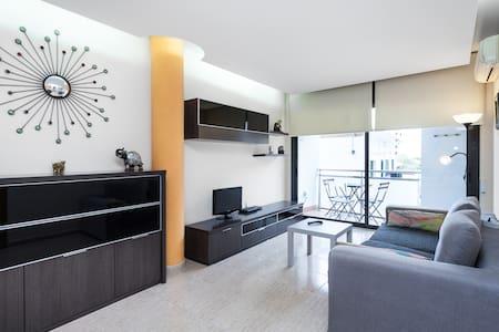 Apartamento en la Playa con wifi - Canet de Mar