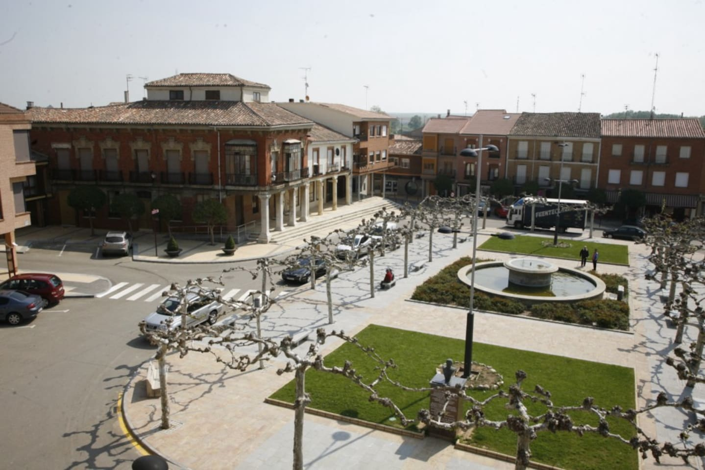 Vistas de la Plaza Mayor de Villada