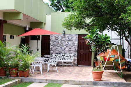 The Olive Tree  - Bed and Breakfast - Managua - Bed & Breakfast