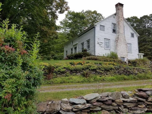 Historic 1776 Farmhouse.