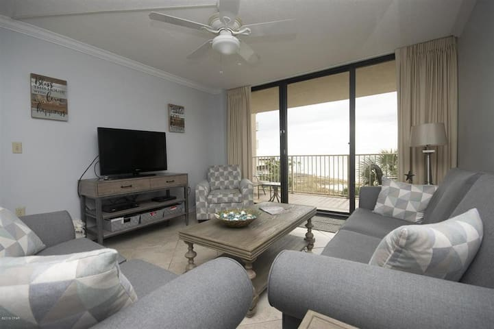 2-bedroom oceanfront condo in Panama City Beach