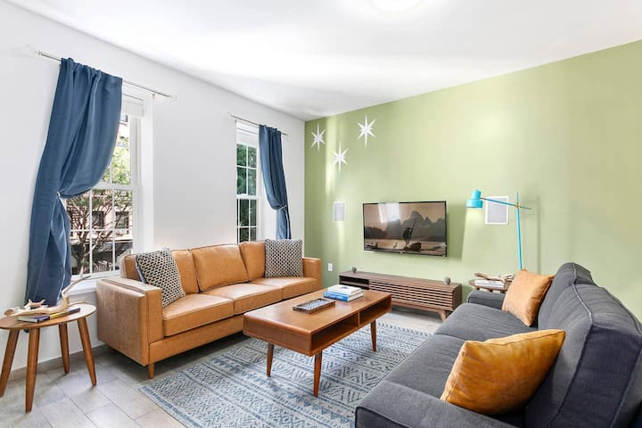 Luxury 3 bedroom apartment Williamsburg ROOF PATIO