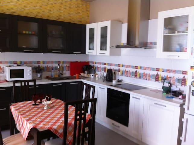Посуточно 1-комнатная квартира - Одинцово - Apartamento