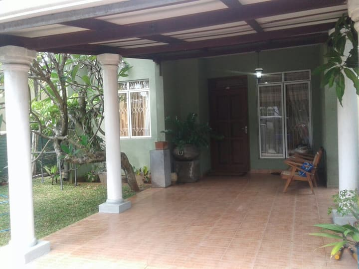 A cosy house in Jaela/Ekala area close to Airport