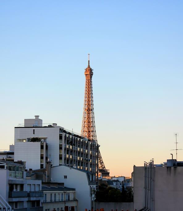 Apt paris eiffel tower district appartements louer - Appartement de standing horloge tower ...