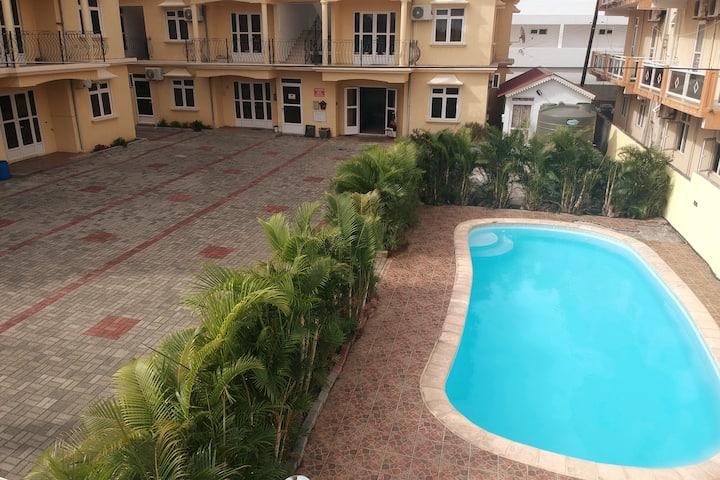 Garden villa Pereybere with a Pool
