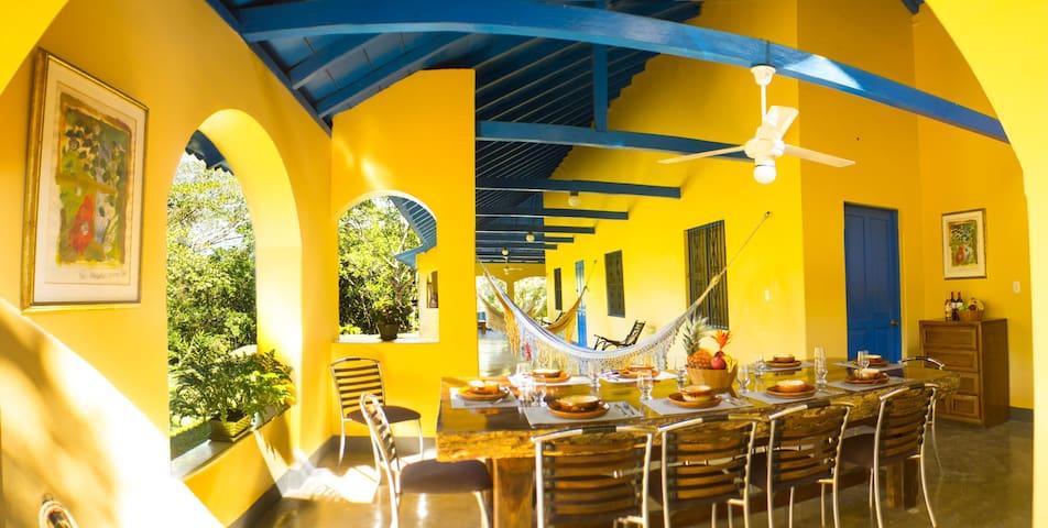 Casa Arimaca, en la Sierra Nevada de Santa Marta - Minca - วิลล่า