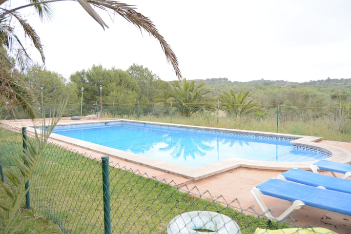 Lovely house in quiet location with pool and views - Sa Ràpita - Villa