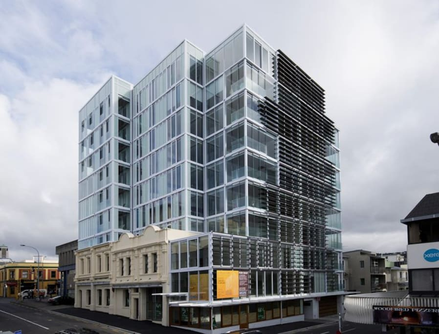 King Bedroom In Executive Apartment Apartments For Rent In Wellington Wellington New Zealand