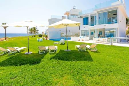 Villa Mermaid - Pernera