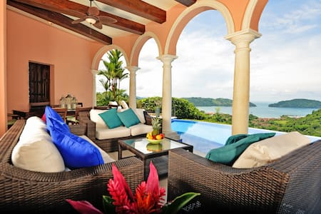 Casa Solara, Your Luxury Home at Los Sueños! - Herradura - House