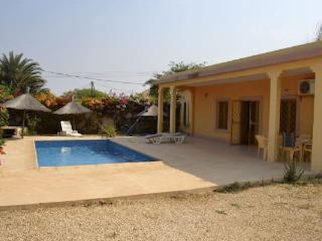 Villa 3 chambres - Piscine -Loc Possible à L'année - Somone - Rumah