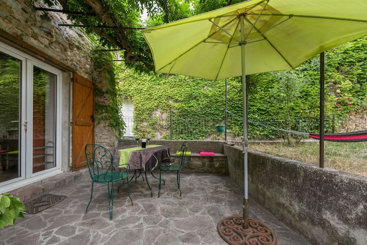 Idyllic Holiday Home in Félines-Minervois with Garden