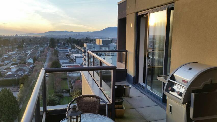 180° view of Vancouver - แวนคูเวอร์ - อพาร์ทเมนท์