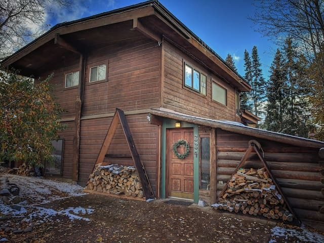 Artist home near Steamboat Springs, CO