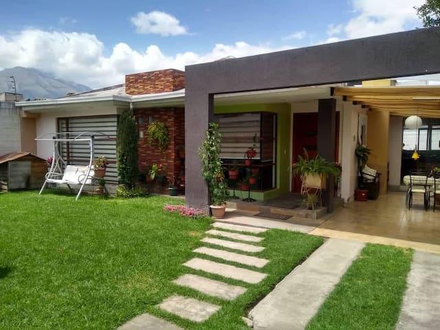 Suite independient en casa familiar Ibarra Ecuador