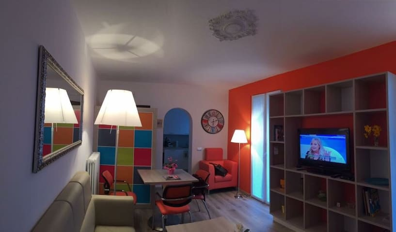 Appartamento in provincia di Como - Valmorea - Apartment