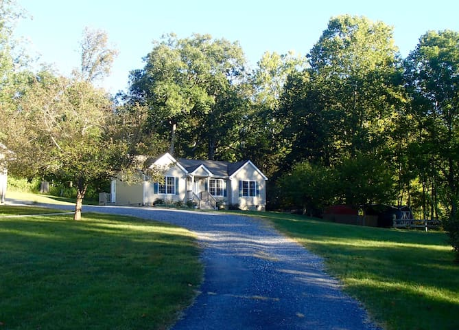 Pleasant Valley Cottage - Lexington - House