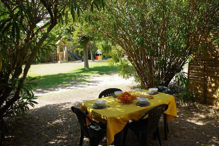 Jolie maison dans un parc arboré de Valras-Plage