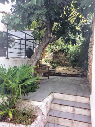 Maison ancienne au coeur du minervois
