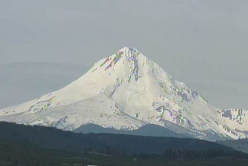 Close up of Mount Hood from Mountain View Airbnb!