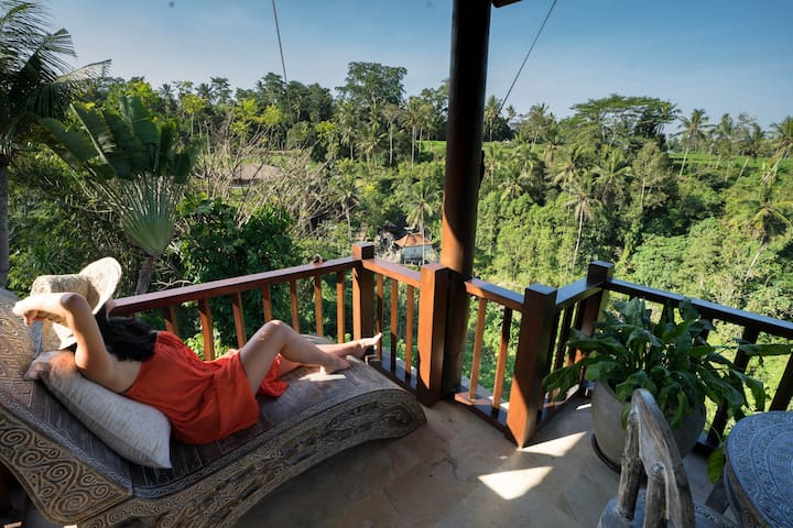 "Allie, Airbnb On-Line Guest Review:  ""We cannot say enough great things about this place! It truly is something special. The villas and views were AMAZING and the location is perfect and made us feel like we were apart of the jungle!...."""