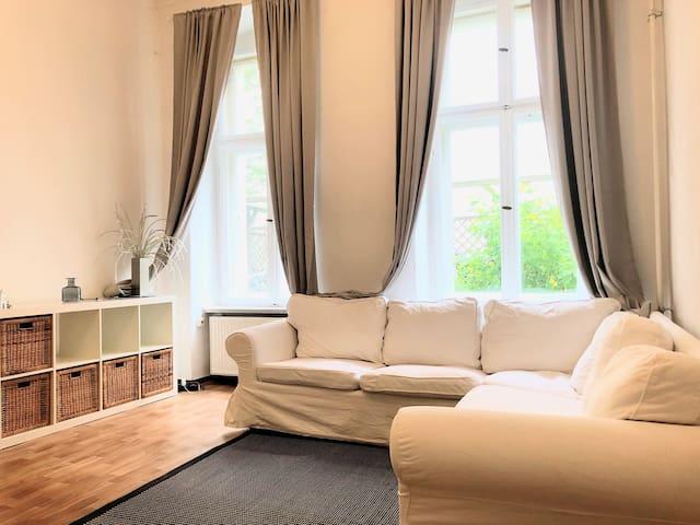 Charmante Altbau Wohnung ❤ Charlottenburg