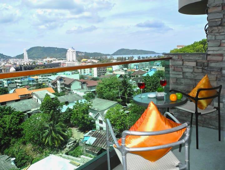 Emerald: Seaview Studio near Patong Beach