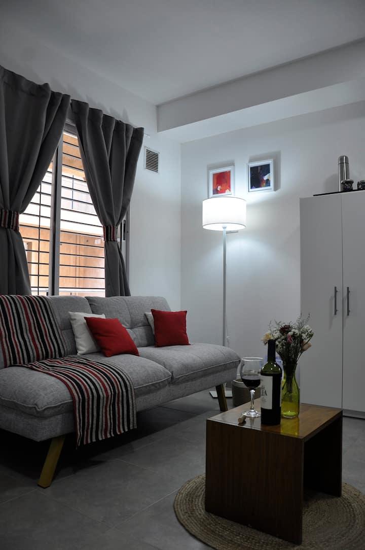 Moderno departamento con balcón en Godoy Cruz