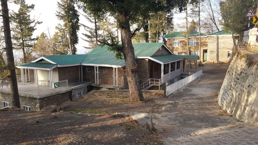 Pine Top Cottages Murree