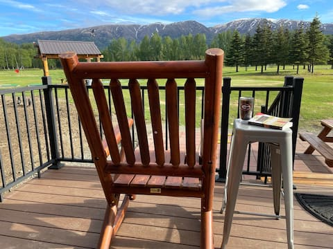Cozy Getaway on Golf Course & Lil Susitna River #2