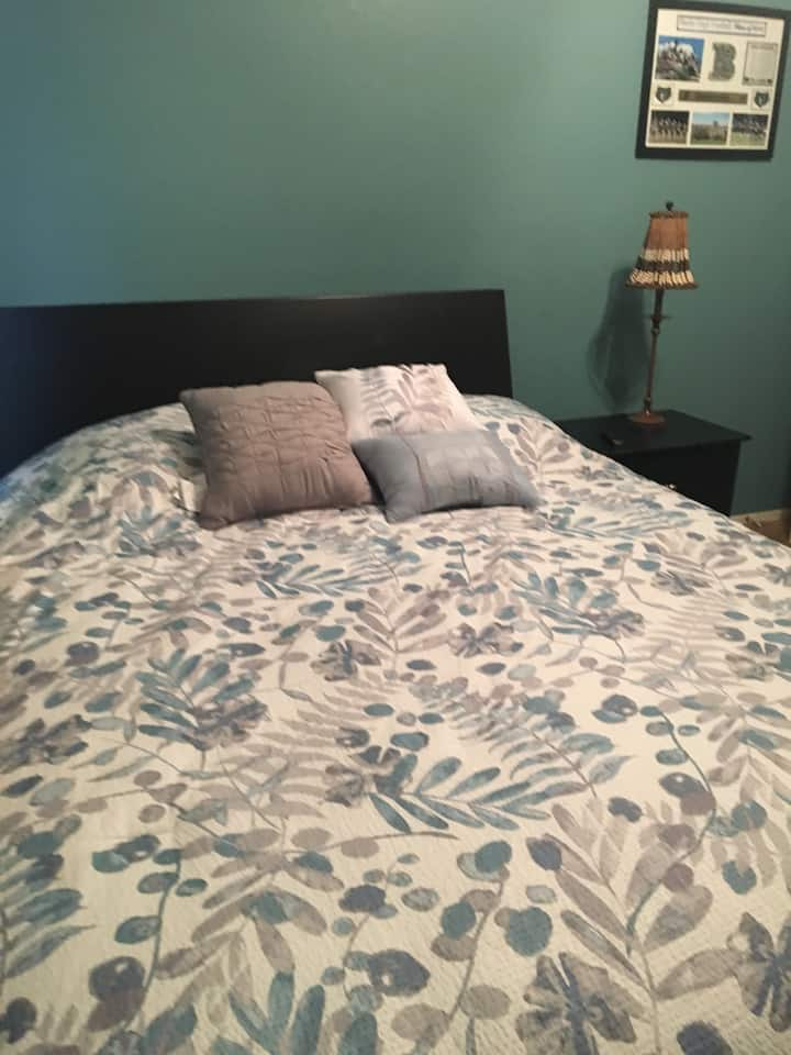 Bedroom available. Great  and safe community