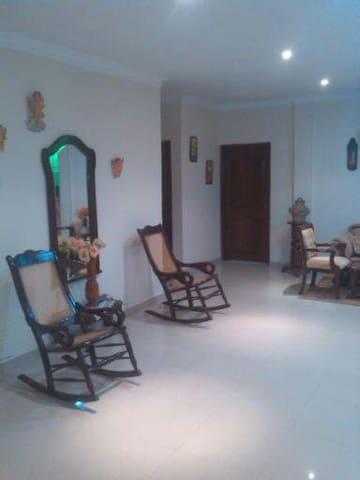 Hostal Casa Mebi