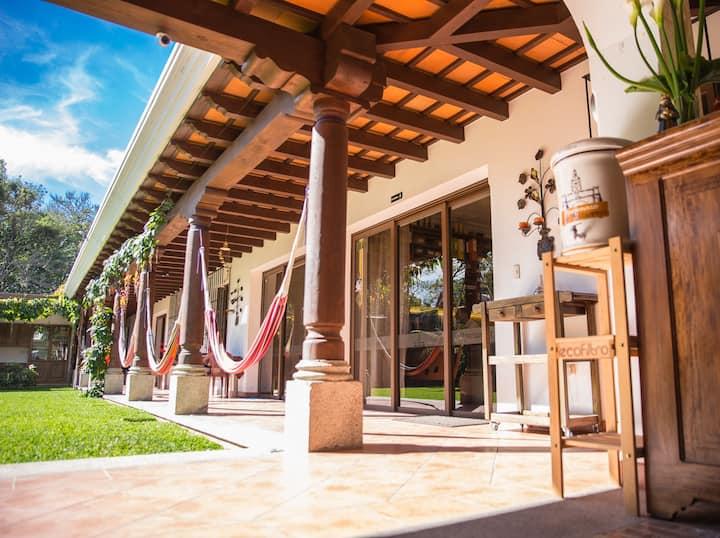 Apartamentos los Nazarenos 6-2 ❤️ the real Airbnb