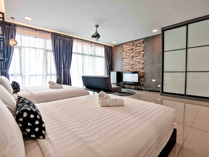 🌏Molek Regency💫@UHA Studio 3-4pax Luxury Free WiFi