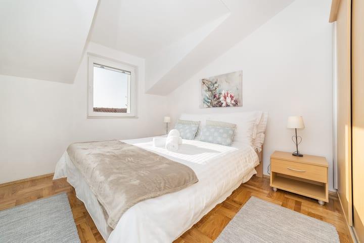 Apartments Nikol - Two Bedroom Apartment A6