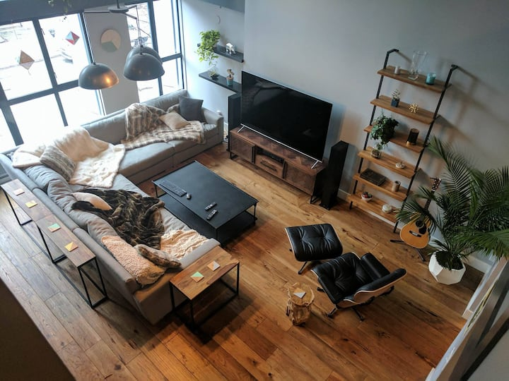 Luxury Loft in Downtown Vancouver