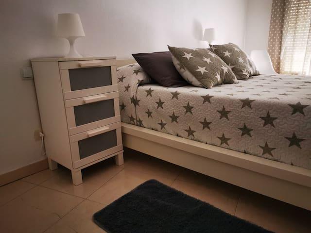 Malocar, apartamento cerca de Ávila