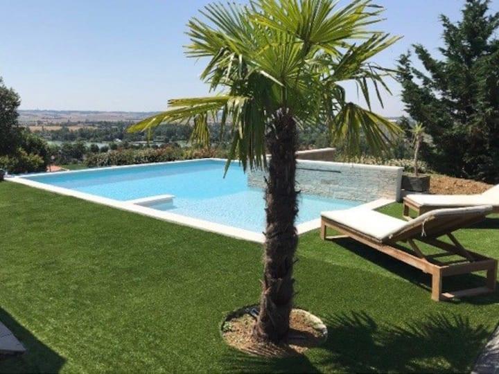 Magnifique maison moderne avec piscine privée