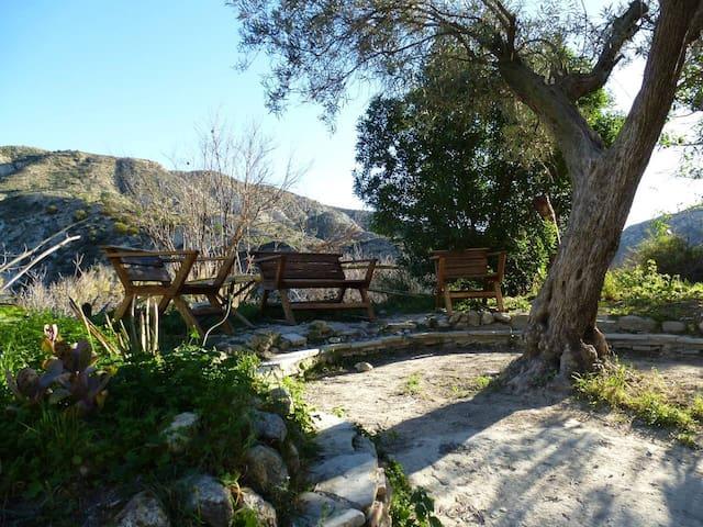 Rooms in House Mirador - alternative village