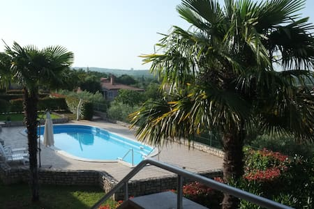 Newly renovated house with pool and seaview - Brnobići - Rumah