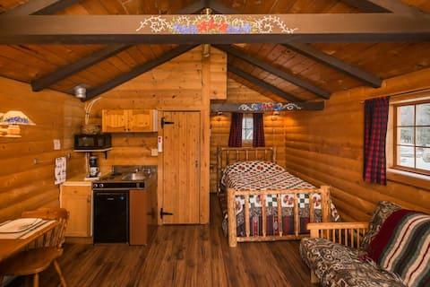The Wolf Cabin - Bear Creek Cabins