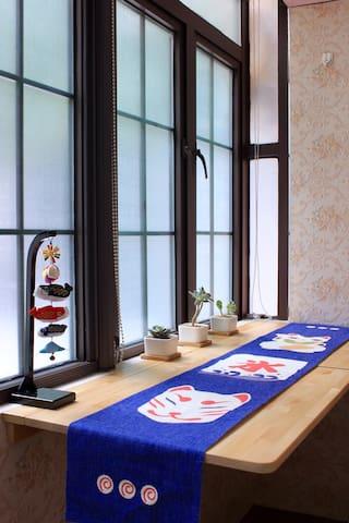 一间·喜多屋 上海老洋房里的日式风情小屋,位于南京西路、静安寺CBD,地铁静安寺站步行5分钟