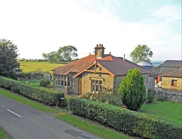 Tile Sheds Farm Cottage
