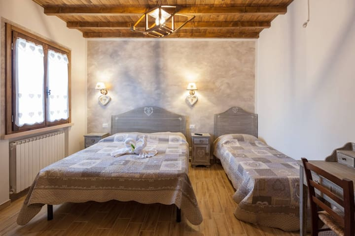 BED AND BREAKFAST - MANTOVA -TRIGOL - Roncoferraro - Szoba reggelivel