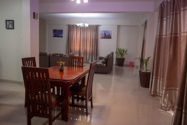 HOUSE by ACACIA MALL , KAMPALA with Unlimited WiFi