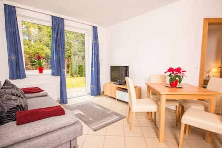 1Bedroom Apartment with Garden - Lakás