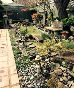 Lovely mid-peninsula garden oasis - Sant Mateu - Casa