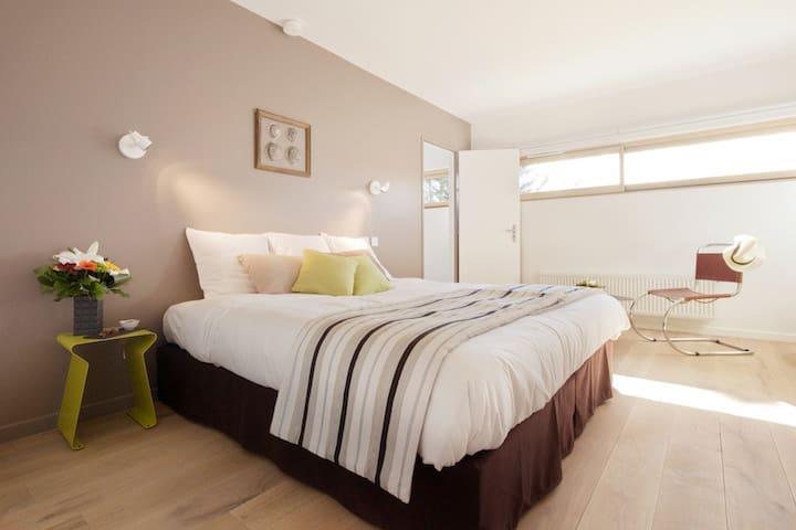 Chambre Matcha - La maison de Karen chocolat , à Limonest dans le Rhône
